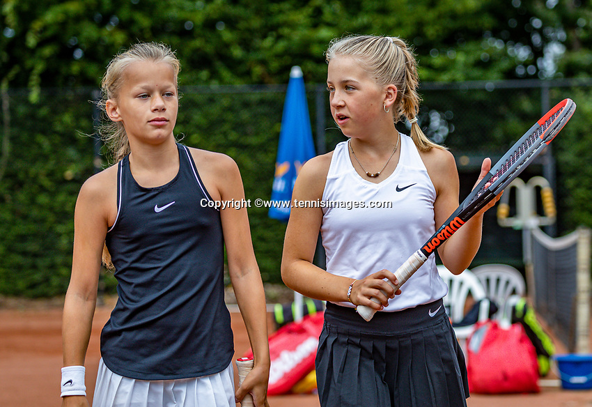 Hilversum, Netherlands, Juli 31, 2019, Tulip Tennis center, National Junior Tennis Championships 12 and 14 years, NJK, Girls Doubles: Pleun Splinter (NED) (L) and Senna van den Heuvel (NED)<br /> Photo: Tennisimages/Henk Koster