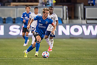 SAN JOSE, CA - MAY 01: Jackson Yueill #14 of the San Jose Earthquakes dribbles the ball during a game between San Jose Earthquakes and D.C. United at PayPal Park on May 01, 2021 in San Jose, California.