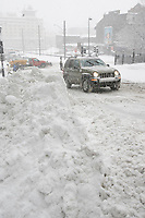 Montreal, March 2nd 2007....A Jeep SUV drive in OLd-Montreal  while a..Snow storm hits Montreal......Photo by Pierre Roussel - Images Distribution
