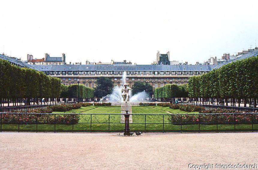 Paris: Palais Royal--garden, looking south. Photo '90.
