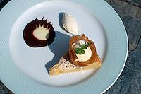Indien, Rajasthan, Jaipur, Restaurant im Hotel Rajvilas, Dessert