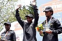 BOGOTÁ -COLOMBIA, 29-07-2018: Aspecto de los participantes en la media maratón de Bogotá 2018, mmB. Con sus tradicionales 21km, en esta ocasión el ganador en elite varones fue Betesfa Getahun de Etiopia, con un tiempo de 1h 05m 08s, y en elite mujeres Netsanet Gudeta de Etiopia con un tiempo de 1h 11m 34s. / Aspect of the people during the half marathon of Bogota 2018, mmB. With its 21Km in this edition the winner was Betesfa Getahun of Ethiopia in elite men category with a time of 1h 05m 08s, and in elite women the winner was Netsanet Gudeta of Ethiopia with a time of 1h 12m 16s. Photo: VizzorImage / Diego Cuevas / Cont