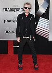 Deryck Whibley at The Premiere Of DreamWorks & Paramount's Transformers 2: Revenge Of The Fallen held at The Mann's Village Theatre in Westwood, California on June 22,2009                                                                     Copyright 2009 DVS / RockinExposures