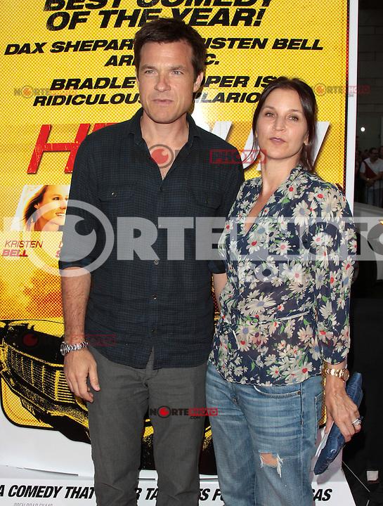LOS ANGELES, CA - AUGUST 14: Jason Bateman arrives at the 'Hit & Run' Los Angeles Premiere on August 14, 2012 in Los Angeles, California. MPI21 / Mediapunchinc /NortePhoto.com<br /> <br /> **CREDITO*OBLIGATORIO** *No*Venta*A*Terceros*<br /> *No*Sale*So*third* ***No*Se*Permite*Hacer Archivo***No*Sale*So*third*