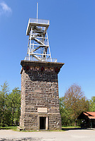Aussichtsturm Kongeminde (1865) auf dem Rytterknægten auf der Insel Bornholm, Dänemark, Europa<br /> watchtower in Kongeminde (1865) on Rytterknaegten hill, Isle of Bornholm Denmark