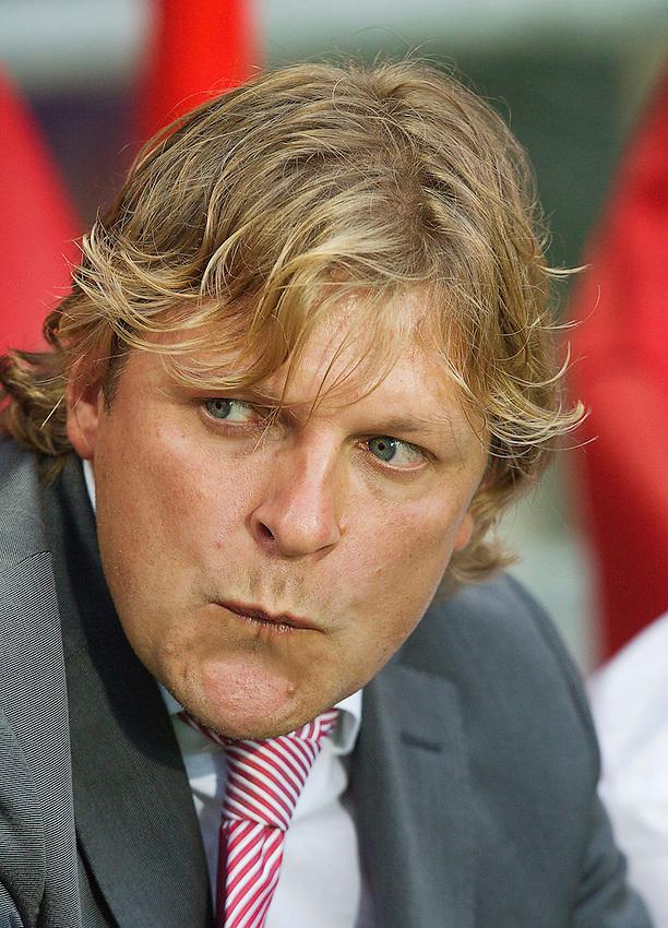 Nederland, Enschede, 16-08-2011, Voetbal, soccer, Champions League Play-off, FC Twente-Benfica. assistent Trainer Jouri Mulder coach portret.<br /> foto: Michael Kooren/Hollandse Hoogte