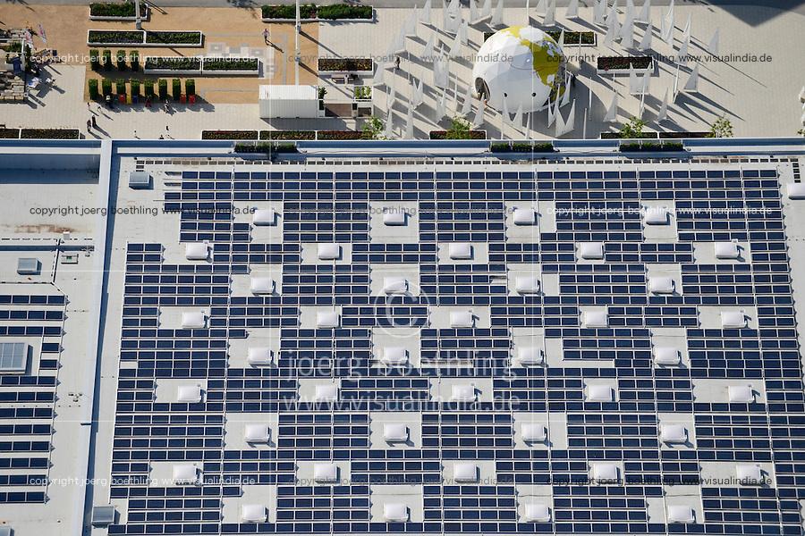 DEUTSCHLAND Hamburg, Bauprojekte der IBA Internationale Bauausstellung, Eingang IGS Internationale Gartenschau mit Schwimmbad mit Solardach<br /> /<br /> GERMANY Hamburg Wilhelmsburg, IGS and IBA projects , solar panel on roof