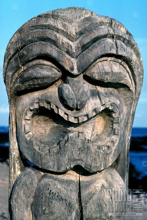 Kii (tiki) at Puuhonua O Honaunau National Historical Park (City of Refuge)