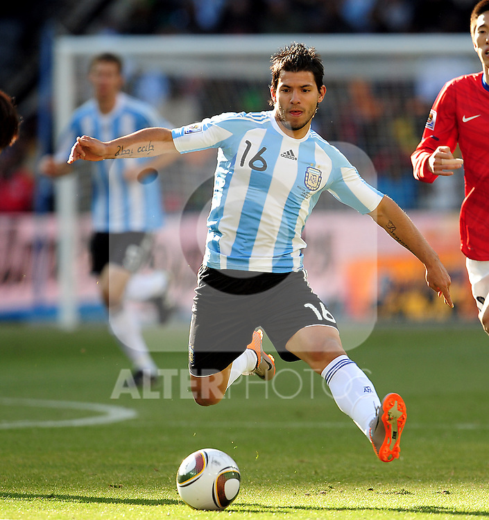 16 Sergio AGUERO during the 2010 World Cup Soccer match between Argentina vs Korea Republic played at Soccer City in Johannesburg, South Africa on 17 June 2010.