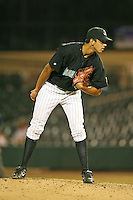 April 13, 2009:  Relief Pitcher Steve Cishek (41) of the Jupiter Hammerheads, Florida State League Class-A affiliate of the Florida Marlins, delivers a pitch during a game at Roger Dean Stadium in Jupiter, FL.  Photo by:  Mike Janes/Four Seam Images