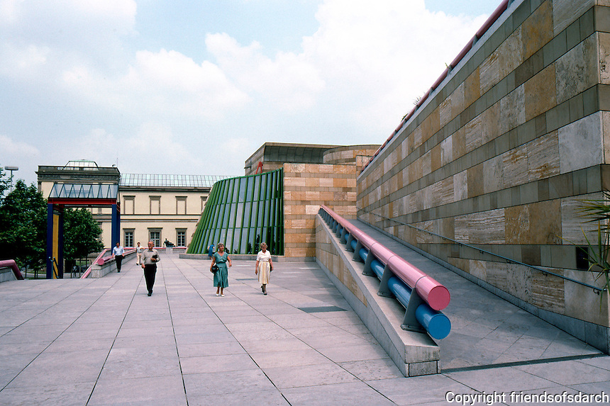 James Stirling, Michael Wilford & Assoc.: Neve Staatsgalerei, Stuttgart.