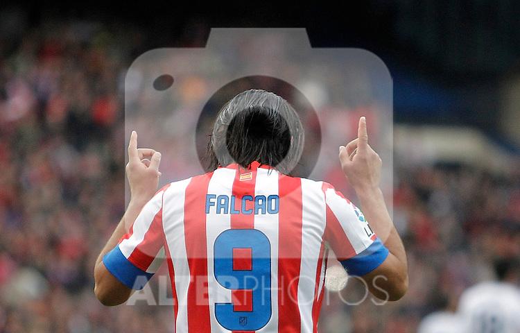 Atletico de Madrid's Radamel Falcao celebrates during La Liga match. April 27, 2013. (ALTERPHOTOS/Alvaro Hernandez)