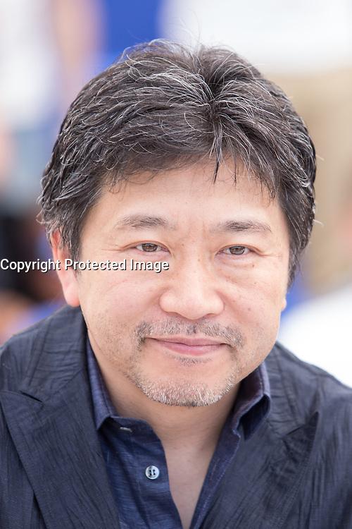 Hirokazu Kore-eda - 69E FESTIVAL DE CANNES 2016 - PHOTOCALL DU FILM 'AFTER THE STORM'