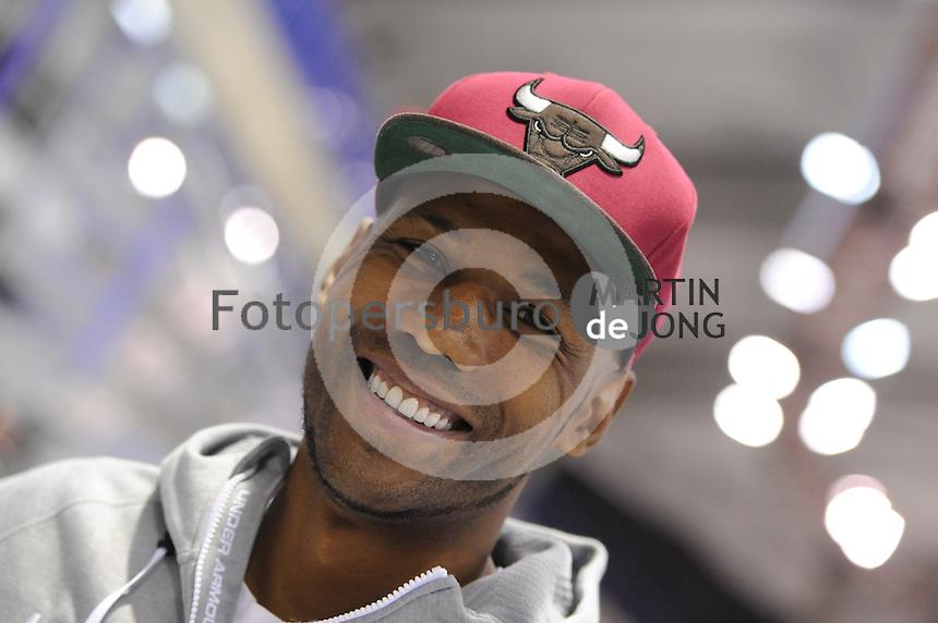 SPEEDSKATING: CALGARY: 12-11-2015, Olympic Oval, training, Shani Davis, ©foto Martin de Jong
