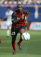 17 April 2004: MetroStars Eddie Pope in action against DC United at Giants' Stadium in East Rutherford, New Jersey.  MetroStars defeated DC United, 3-2.