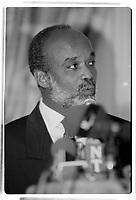 Pierre Pettigrew recoit le President haitien Rene Preval en mars 1996<br /> (date exacte inconnue)<br /> <br /> PHOTO : Agence Quebec Presse
