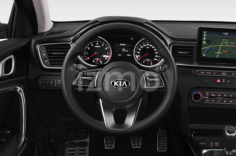 Car pictures of steering wheel view of a 2019 KIA Ceed Fusion Door Hatchback Steering Wheel