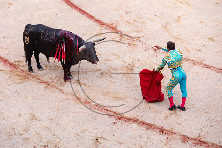 "europe,spain,navarra,Pamplona,matador Antonio Ferrera on ""stercio de muerte"""