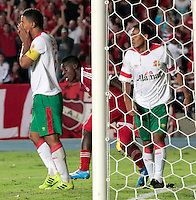 CALI -COLOMBIA-01-04-2014. Yamilson Rivera (C) del América de Cali  celebra un gol anotado a Barranquilla FC durante partido por la fecha 11 del Torneo Postobón I 2014 jugado en el estadio Pacual Guerrero de la ciudad de Cali./ Yamilson Rivera (C) of America de Cali celebrates a scored goal to Barranquilla FC during the match for the 11th date of Postobon Tournament I 2014 at Pascual Guerrero stadium in Cali city. Photo: VizzorImage/Juan C. Quintero/STR
