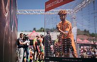Simone Ponzi (ITA/CCC-Sprandi Polkowice) signing on (the wrong number btw... he's #76)<br /> <br /> Stage 15: Valdengo › Bergamo (199km)<br /> 100th Giro d'Italia 2017