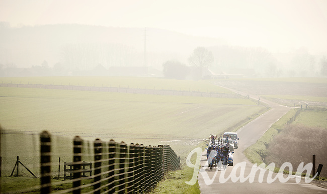 reconnaissance of the 2016 Het Nieuwsblad parcours with Wanty-Groupe Gobert in the fading morning mist