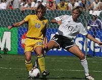 Hanna Ljungberg, left, Sandra Minnert, right, Germany 2-1 over Sweden at the  WWC 2003 Championships.