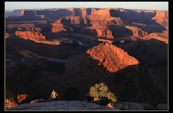 Photographers at Dead Horse State Park, sunrise, Utah.<br /> John Kieffer offers Canyonlands National Park photo tours. Year-round Utah photo tours.