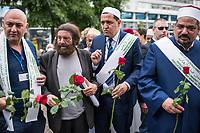 """Der """"Marsch der Muslime gegen Terrorismus"""" am Sonntag den 9. Juli 2017 in Berlin.<br /> Etwa sechzig Imame aus Frankreich und anderen europaeischen Laendern, darunter auch sechs Imame aus Berlin werden ab dem 9. Juli 2017 in europaeische Staedte fahren, wo es in den letzten Jahren besonders schwere islamistisch motivierte Terroranschlaege gegeben hat.In Berlin versammelten sie sich zusammen mit Mitgliedern der christlichen und juedischen Gemeinde an der Kaiser-Wilhelm-Gedaechtnis-Kirche in Berlin-Charlottenburg wo im Dezember 2016 einen Anschlag auf den Weihnachtsmarkt gegeben hatte.<br /> Der franzoesische Imam Hassen Chalghoumi aus dem Pariser Vorort Drancy engagiert sich seit vielen Jahren fuer ein friedliches Miteinander der Religionen, insbesondere im Verhaeltnis der Muslime zum Judentum. Zusammen mit seinem Freund, dem juedischen Schriftsteller Marek Halter, der seit Jahrzehnten in gleicher Weise engagiert ist hat er den """"Marche des musulmans contre le terrorisme"""" initiert. Sie wollen nach Bruessel, Paris, St.-Etienne-du-Rouvray, Toulouse und Nizza und dort oeffentlich fuer die Opfer beten und gegen einen Missbrauch des Islam durch Terroristen und menschenfeindliche Gruppen eintreten.<br /> Die Evangelische Kirche Berlin-Brandenburg-schlesische Oberlausitz unterstuetzt das Anliegen der """"Marche des musulmans contre le terrorisme"""". Der Landesbischof Dr. Markus Droege hat an dem Gebet der Muslime auf dem Breitscheidplatz als Gast teilgenommen und einen Segen fuer die Teilnehmer ausgesprochen.<br /> Im Bild: 2.vl. Marek Halter; 3.vl. Imam Chalghoumi.<br /> 9.7.2017, Berlin<br /> Copyright: Christian-Ditsch.de<br /> [Inhaltsveraendernde Manipulation des Fotos nur nach ausdruecklicher Genehmigung des Fotografen. Vereinbarungen ueber Abtretung von Persoenlichkeitsrechten/Model Release der abgebildeten Person/Personen liegen nicht vor. NO MODEL RELEASE! Nur fuer Redaktionelle Zwecke. Don't publish without copyright Christian-Ditsch.de, Veroeffentlichung nur mit Fotogr"""