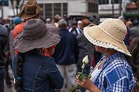 MOGI DAS CRUZES ,SP ,25 DE SETEMBRO DE 2013 , CHACAREIROS FAZEM ATO FRENTE A PREFEITURA DE MOGI DAS CRUZES SP , Chacareiros de Mogi das Cruzes na grande Sao Paulo , manifestantes reevidicam regularizacao de areas ,contra uma possivel reentegracao de posse e demais reevindicacoes ,o Prefeito de Mogi das Cruzes veio atravez da Camara de Mogi das Cruzes anunciar que nao havera reentegracao de posse e a situacao de moradores e chacareiros seram regularizados ,FOTO :WARLEY LEITE/BRAZIL PHOTO PRESS