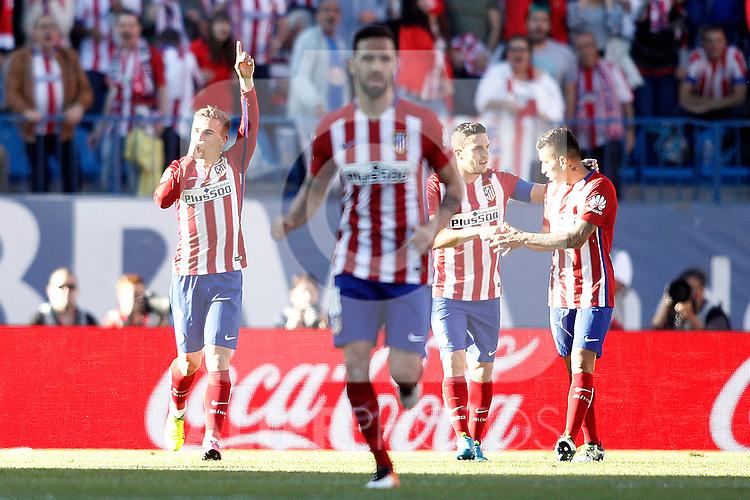 Atletico de Madrid's Antoine Griezmann, Jesus Gamez, Koke Resurrecccion and Angel Correa celebrate goal during La Liga match. April 30,2016. (ALTERPHOTOS/Acero)