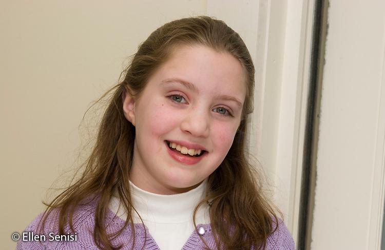 MR/ Schenectady, New York.Portrait of girl, age: 11 at home.MR: Tro6.© Ellen B. Senisi