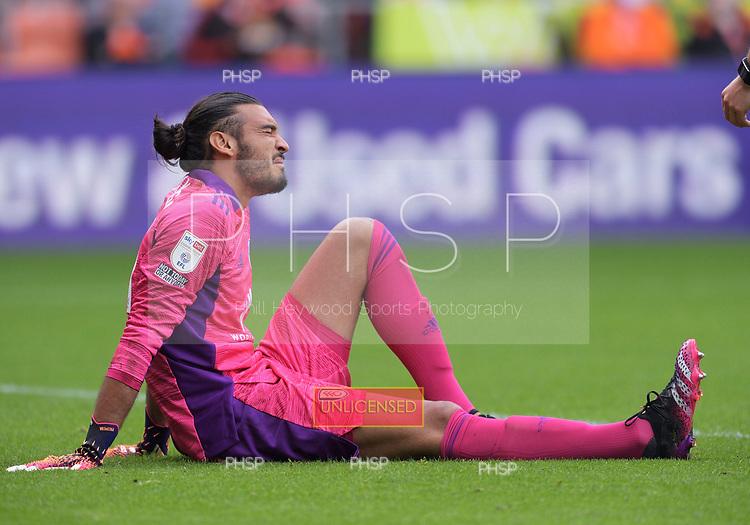 11/09/2021 Sky Bet Championship Blackpool v Fulham<br /> <br /> Paulo Gazzaniga injury