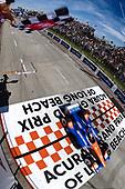 Scott Dixon, Chip Ganassi Racing Honda, checkered flag