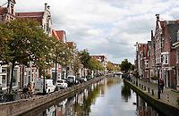 Nederland  Alkmaar  - September 2020 . Luttik Oudorp. Gracht in de binnenstad.  Foto : ANP/ Hollandse Hoogte / Berlinda van Dam