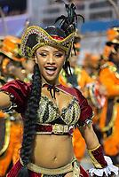 SÃO PAULO, SP, 09.03.2019 - CARNAVAL-SP - Isa Salles, princesa de bateria da escola de samba Dragões da Real durante Desfile das campeãs do Carnaval de São Paulo, no Sambódromo do Anhembi em Sao Paulo, na madrugada deste sábado, 09. (Foto: Anderson Lira/Brazil Photo Press/Folhapress)