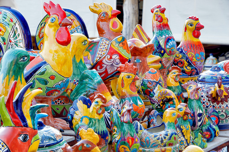 Colorful chichen pot display. Tubac. Arizona