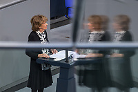 Deutscher Bundestag gedenkt am Internationalen Holocaustgedenktag der Opfer des Nationalsozialismus.<br /> Im Bild: Charlotte Knobloch, Praesidentin der Israelitischen Kultusgemeinde Muenchen und Oberbayern haelt die Gedenkrede.<br /> 27.1.2021, Berlin<br /> Copyright: Christian-Ditsch.de