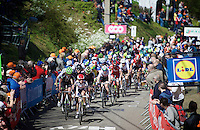 peloton up the infamous Mur de Huy (1300m/9.8%)<br /> <br /> Women's Flèche Wallonne 2016