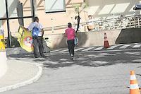 RIO DE JANEIRO, RJ, 19.11.2016 - PRISÃO-GAROTINHO - Movimentação Hospital Quinta D'or, na Zona Norte do Rio de Janeiro, neste sábado (19). O ex-governador Anthony Garotinho foi transferido do Hospital Penitenciário para o Quinta D'or, após ordem da ministra Luciana Lóssio, do Tribunal Superior Eleitoral. O TSE determinou que após os exames de coração, o ex-governador ficará em prisão domiciliar até que seja votado seu pedido de liberdade. Garotinho foi preso durante a Operação Chequinho, por compra de voto, associação criminosa e coação. (Foto: Celso Barbosa/Brazil Photo Press)
