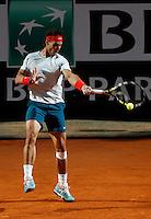 Lo spagnolo Rafael Nadal in azione durante gli Internazionali d'Italia di tennis a Roma, 15 Maggio 2013..Spain's Rafael Nadal in action during the Italian Open Tennis tournament ATP Master 1000 in Rome, 15 May 2013.UPDATE IMAGES PRESS/Isabella Bonotto