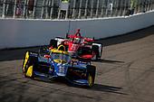 #27: Alexander Rossi, Andretti Autosport Honda, #8: Marcus Ericsson, Chip Ganassi Racing Honda