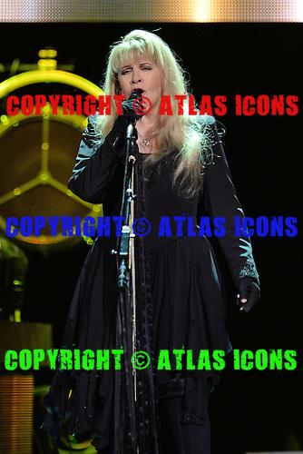 SUNRISE FL - NOVEMBER 04: Stevie Nicks performs at The BB&T Center on November 4, 2016 in Sunrise, Florida. Photo by Larry Marano © 2016