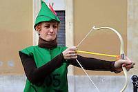 Roma, 17 febbraio 2011 Manifestazione  Robin Hood tax 005. Tiro alla fune in piazza Montecitorio tra speculatori e società civile. Global day of action for financial transaction tax.Robin Hood...