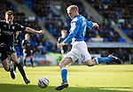 St Johnstone v Dundee....11.04.15   SPFL<br /> Steven Anderson crosses the ball<br /> Picture by Graeme Hart.<br /> Copyright Perthshire Picture Agency<br /> Tel: 01738 623350  Mobile: 07990 594431