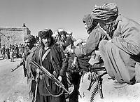 Soviet-supported Afghan fighters near Mazar-e-Sharif on Wednesday, November 8, 1989.