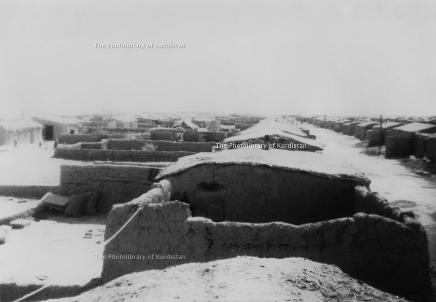 Irak 1975.Village du sud de l'Irak ou sont deportes les Kurdes de Barzan.Iraq 1975.Village in the south of Iraq where the people of Barzan are transported