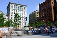 Trauvaux de ré-aménagements urbains, été 2011 - Place d'Armes<br /> <br /> Photo : Agence Quebec Presse.