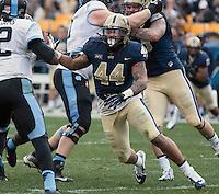 Pitt linebacker Shane Gordon (44). The North Carolina Tar Heels defeated the Pitt Panthers 34-27 at Heinz Field, Pittsburgh Pennsylvania on November 16, 2013.