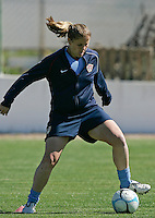 Cat Whitehill in action during their practice session at Montechoro Hotel soccer fields during Algarve Women´s Soccer Cup 2008 in Albufeira, Portugal on March 06, 2008. Paulo Cordeiro/isiphotos.com