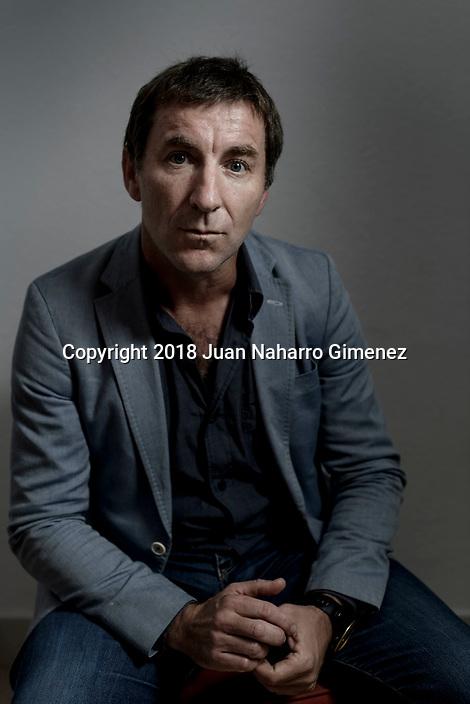 Antonio de la Torre poses during a portrait session.